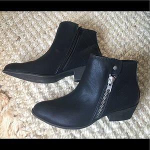 Black Madden Girl Booties